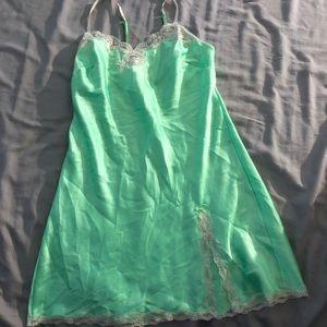 VS nightgown/slip
